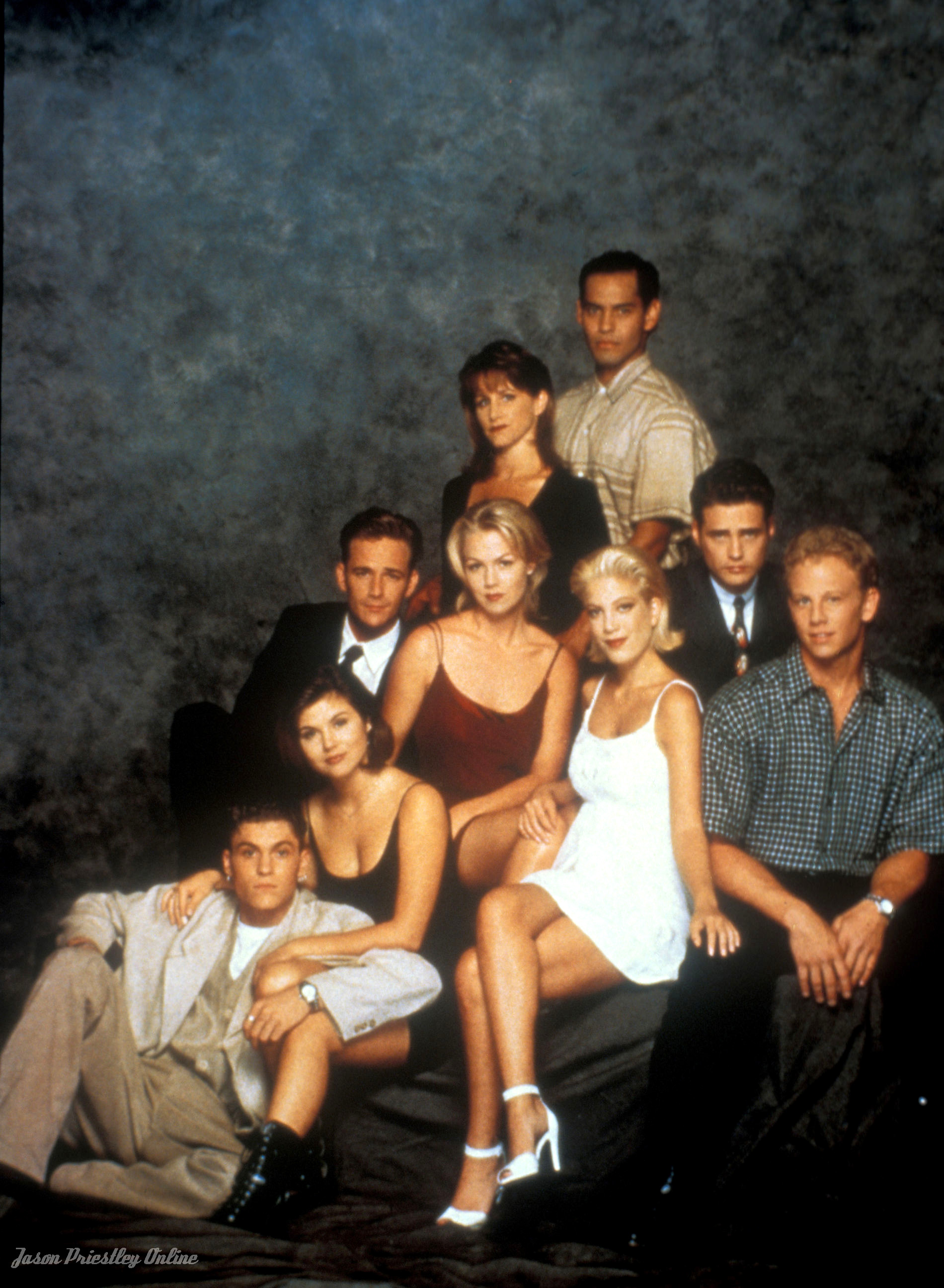 Beverly hills 90210, Beverly hills and College years on ...  Beverly hills 9...